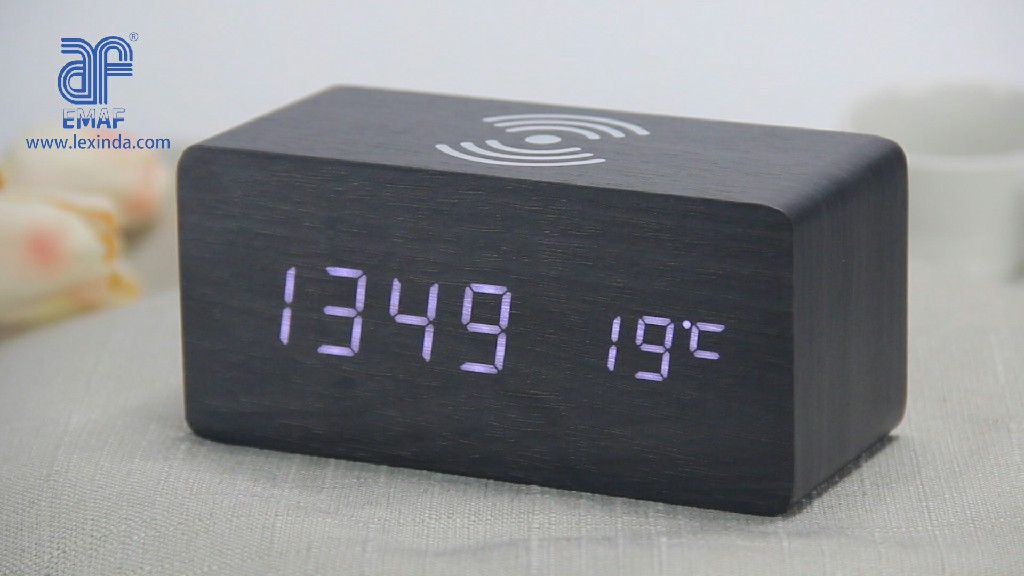 Mobile phone Qi Wireless charging wooden digital alarm clock with temperature (EC-W030)